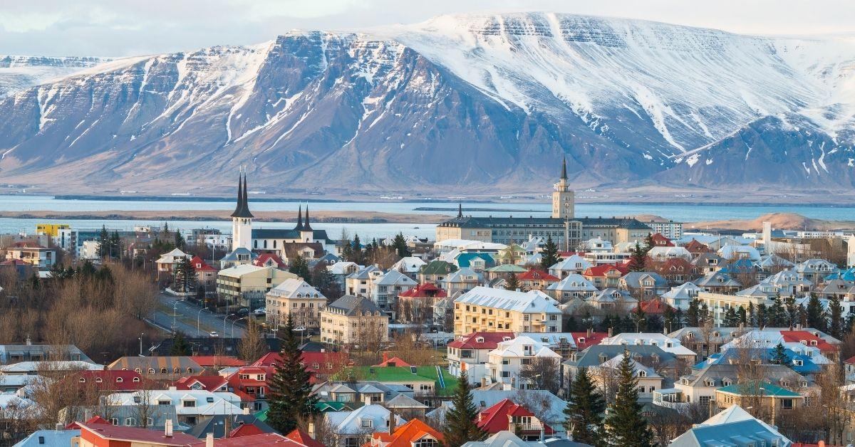 Ισλανδία: μείωση ωρών εργασίας με 4ήμερο και ίδιες απολαβές
